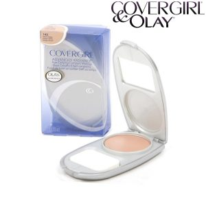 CoverGirl-OLAY Advanced Radiance Age-Defying kompakt alapozó 9,5 g