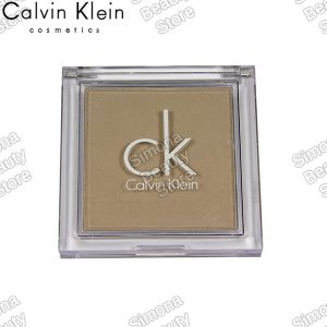Calvin Klein Natural Purity hosszan tartós kompakt púder Natural